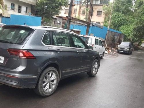 Volkswagen Tiguan 2.0 TDI Highline 2018 AT for sale in Pune