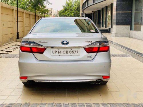 Used 2015 Toyota Camry AT for sale in Ghaziabad
