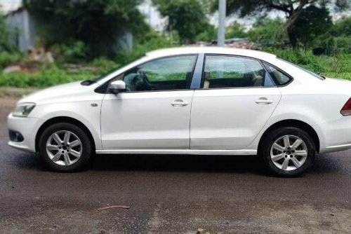 Volkswagen Vento 1.6 Highline 2011 MT for sale in Pune-2