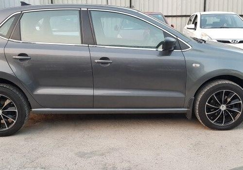 Volkswagen Polo Petrol Highline 1.2L 2011 MT for sale in Pune