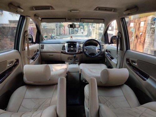 2014 Toyota Innova 2.5 V Diesel 7-seater MT in Kolkata
