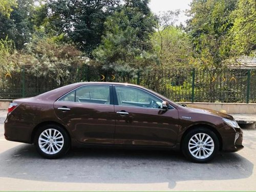2015 Toyota Camry Hybrid AT for sale in New Delhi