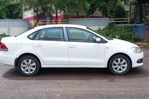 Volkswagen Vento 1.6 Highline 2011 MT for sale in Pune
