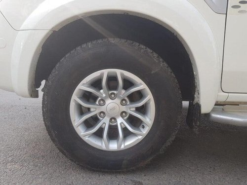 Used Ford Endeavour 2013 MT for sale in New Delhi