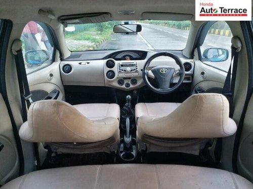 Toyota Etios Liva GD 2013 MT in Mumbai