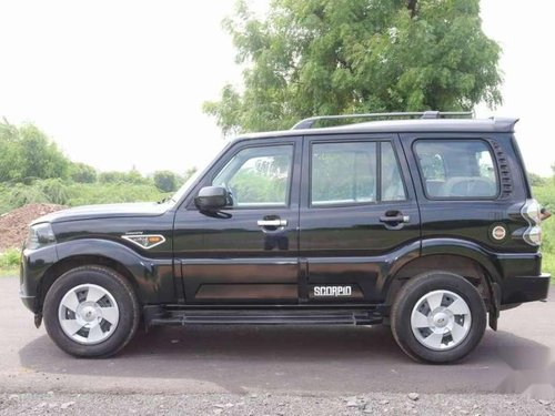Used 2017 Mahindra Scorpio MT for sale in Ahmedabad-6