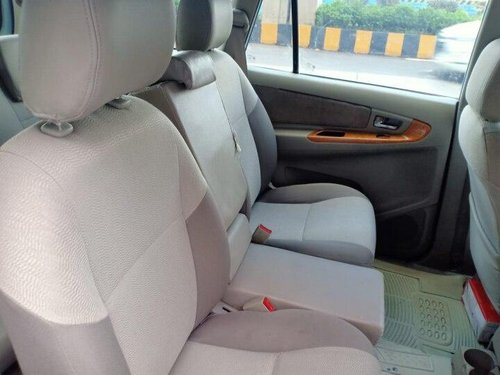 Used 2011 Toyota Innova MT for sale in Mumbai-4