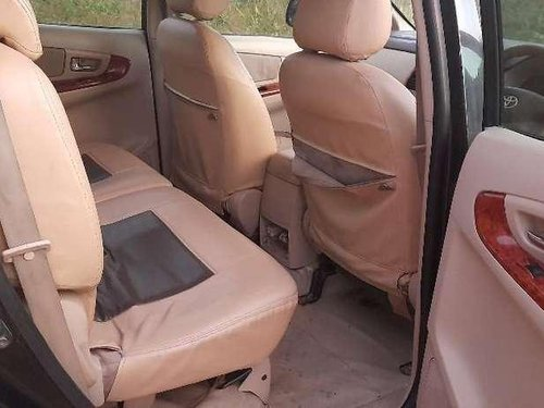 Toyota Innova 2.5 V 8 STR, 2007, MT in Chennai