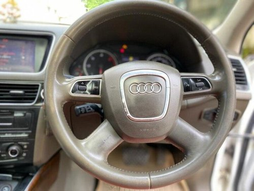 Audi Q5 2.0 TDI 2011 AT for sale in Kolkata