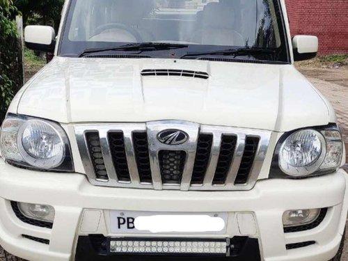 Mahindra Scorpio VLX 2011 MT for sale in Chandigarh