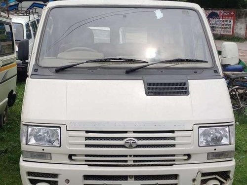 2012 Tata Winger MT for sale in Shahjahanpur