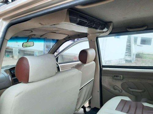 Chevrolet Tavera Neo 3 LS- 10 STR BS-IV, 2010, Diesel MT in Madurai
