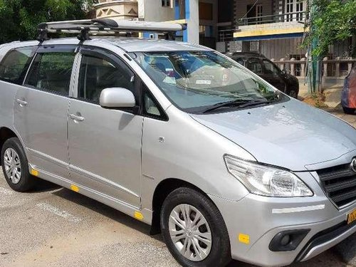 Used 2014 Toyota Innova MT for sale in Nagar-6