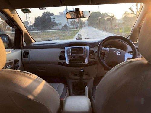Toyota Innova 2.5 ZX 7 STR BS-IV, 2014, Diesel MT for sale in Karnal