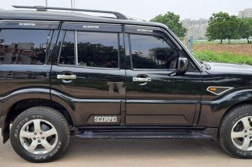 2015 Mahindra Scorpio S6 Plus 8 Seater MT for sale in Ahmedabad