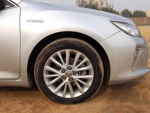 Toyota Camry Hybrid, 2015, Petrol AT for sale in New Delhii