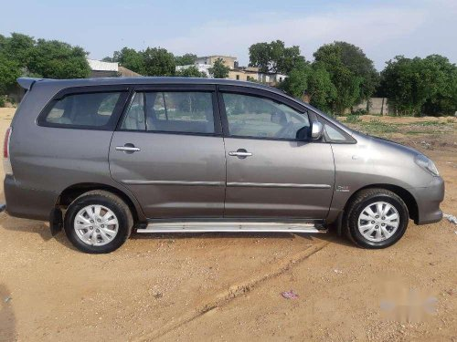 Toyota Innova 2.5 V 8 STR, 2011, Diesel MT for sale in Ahmedabad