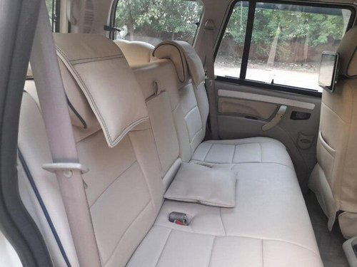 Used 2015 Mahindra Scorpio S10 7 Seater MT for sale in New Delhii-13