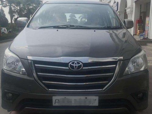 Toyota Innova 2.5 GX 7 STR 2013 MT for sale in Ludhiana