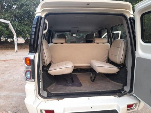 Used 2015 Mahindra Scorpio S10 7 Seater MT for sale in New Delhii-14