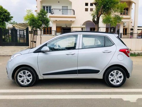 Used Hyundai i10 Sportz 2015 MT for sale in Ahmedabad