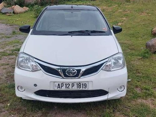 Toyota Etios Liva GD 2013 MT for sale in Hyderabad
