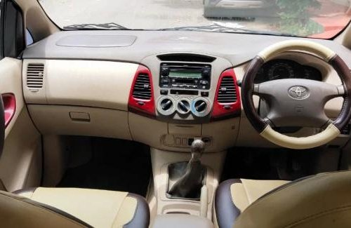 Used Toyota Innova 2005 MT for sale in Bangalore