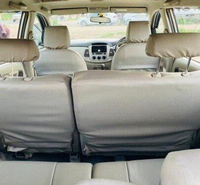 2012 Toyota Innova 2.5 G (Diesel) 8 Seater MT in Ahmedabad