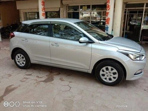2017 Hyundai i20 Sportz 1.4 CRDi MT for sale in Indore-6