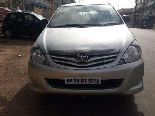 Used Toyota Innova 2007 MT for sale in Hyderabad -8