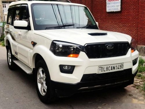 Used 2016 Mahindra Scorpio MT for sale in New Delhi