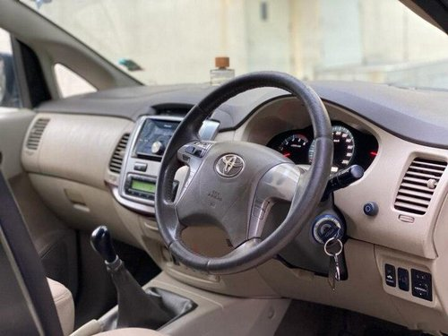 Used Toyota Innova 2014 MT for sale in Kolkata