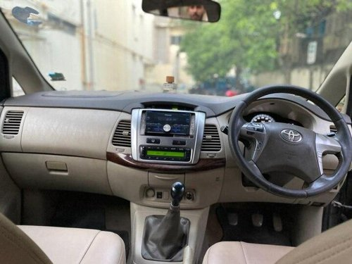 Used Toyota Innova 2014 MT for sale in Kolkata-7