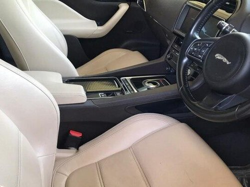 Jaguar F-PACE Prestige 2.0 AWD 2017 AT for sale in New Delhi
