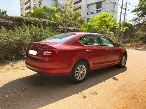 Used Skoda Octavia 2015 AT for sale in Bangalore -7