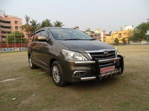 Toyota Innova 2.5 VX (Diesel) 7 BS IV 2014 for sale in Kolkata