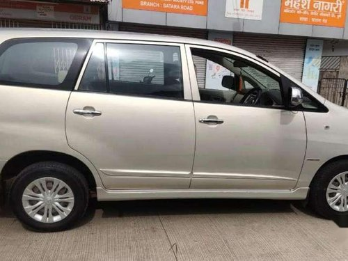 Used 2014 Toyota Innova MT for sale in Pune-9