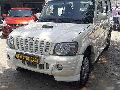 Mahindra Scorpio SLX 2.6 Turbo 8 Str 2007 MT for sale in Chandigarh