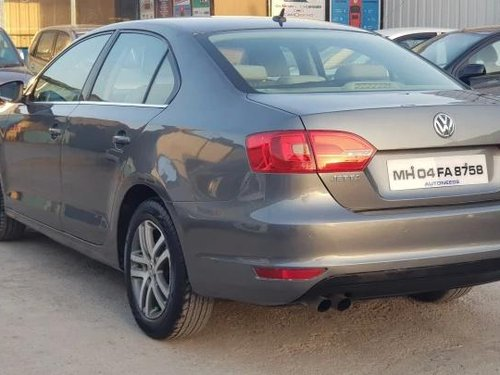 2012 Volkswagen Jetta 2013-2015 2.0L TDI Highline AT in Pune-15