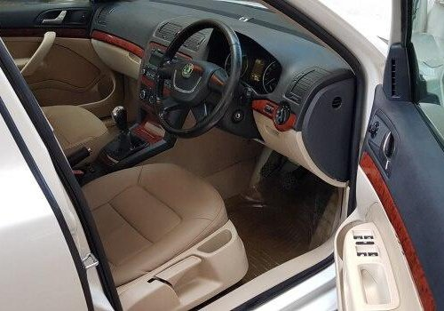 Skoda Laura 1.8 TSI Ambition 2010 MT for sale in Pune