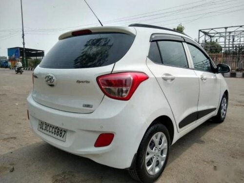 Used 2015 Hyundai i10 Sportz MT for sale in New Delhi-7