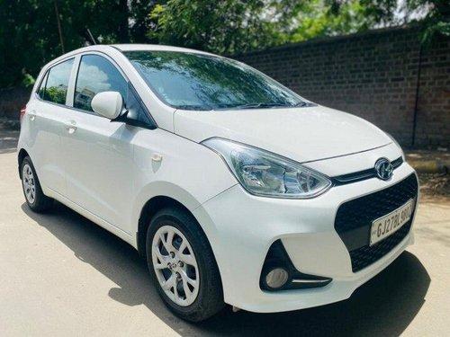 Hyundai Grand i10 1.2 CRDi Magna 2017 MT for sale in Ahmedabad