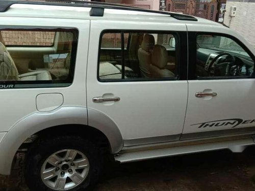 Ford Endeavour 3.0L Thunder+ 4x4, 2009, Diesel MT in Agra