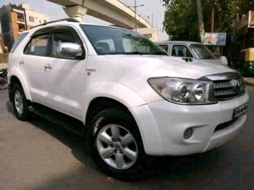 Used 2010 Toyota Fortuner 4x4 MT in New Delhi-6