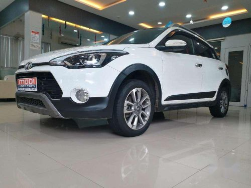 Used 2016 Hyundai i20 Active MT for sale in Goregaon -5