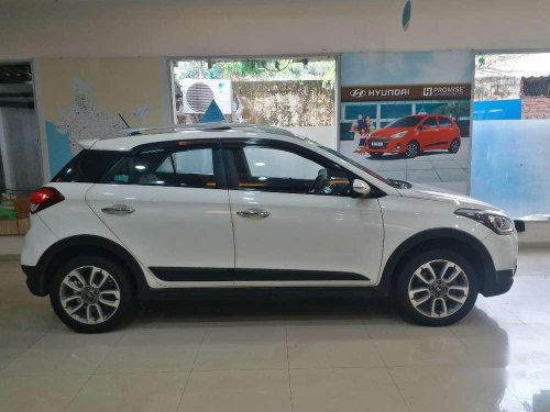 Used 2016 Hyundai i20 Active MT for sale in Goregaon -4