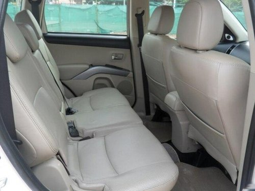 Mitsubishi Outlander 2.4 CVT 2010 AT for sale in Coimbatore -3
