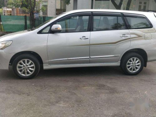 Toyota Innova 2014 MT for sale in Chandigarh