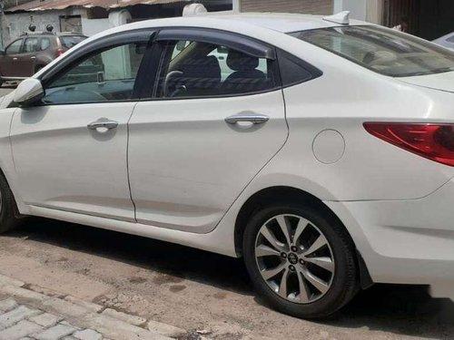 Hyundai Fluidic Verna 1.6 CRDi SX, 2013, MT in Kanpur