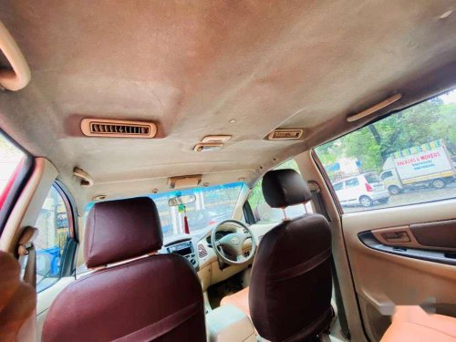 Toyota Innova 2005 MT for sale in Mumbai-8